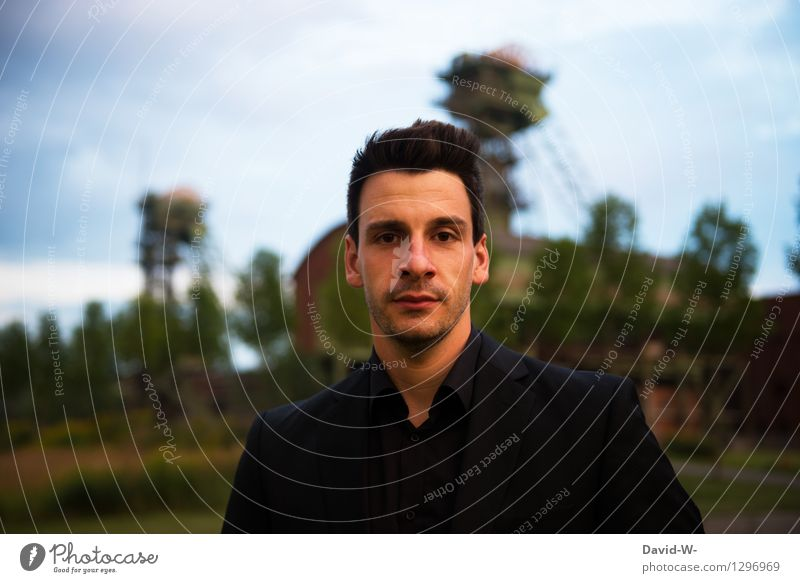 young man dressed in black Man out garments Black Looking into the camera Adults Exterior shot Human being Lifestyle Colour photo Day Style Young man
