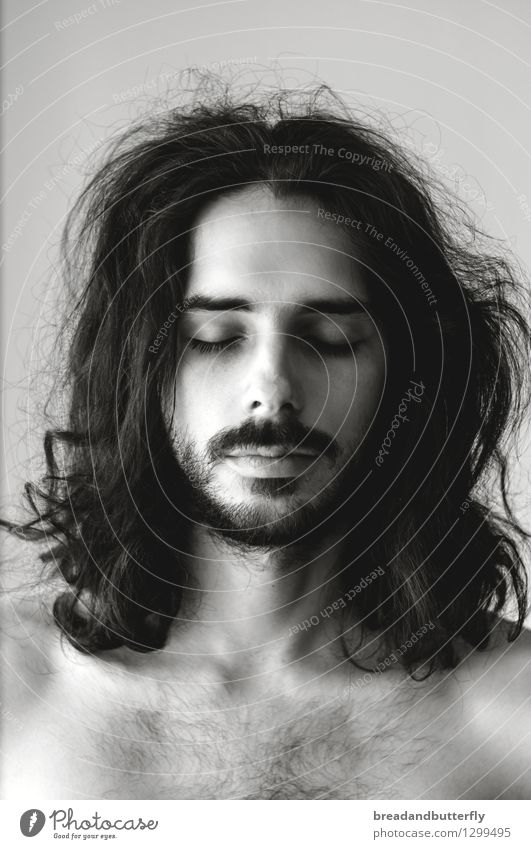 rest Human being Masculine Young man Youth (Young adults) Man Adults Head Hair and hairstyles 1 18 - 30 years 30 - 45 years Long-haired Curl Facial hair