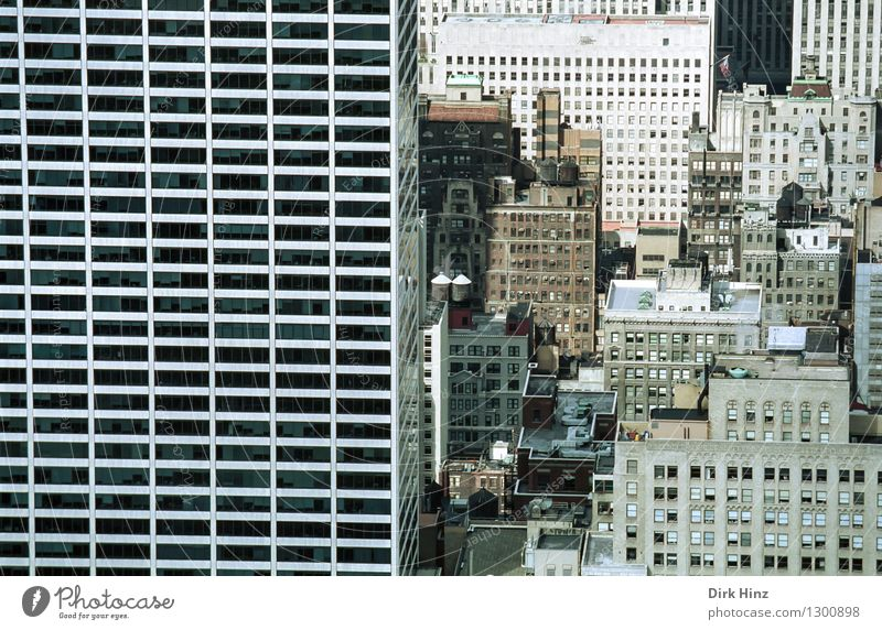 Manhattan III Capital city Downtown Overpopulated House (Residential Structure) High-rise Bank building Manmade structures Building Architecture Facade Window
