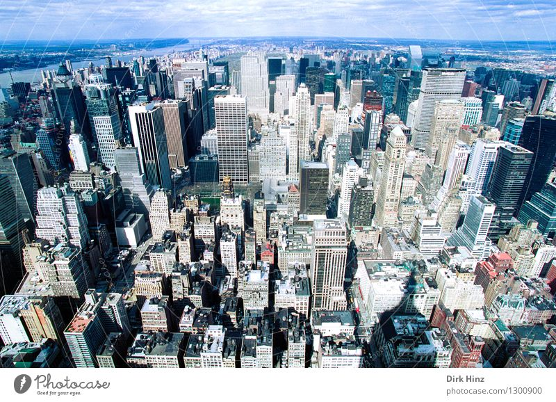 Manhattan II Capital city Downtown Overpopulated House (Residential Structure) High-rise Bank building Manmade structures Building Tourist Attraction Landmark