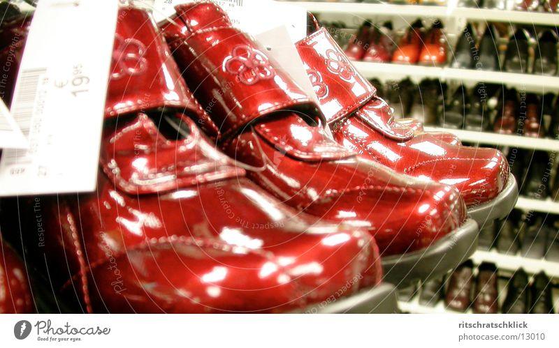 shoe center02 Footwear