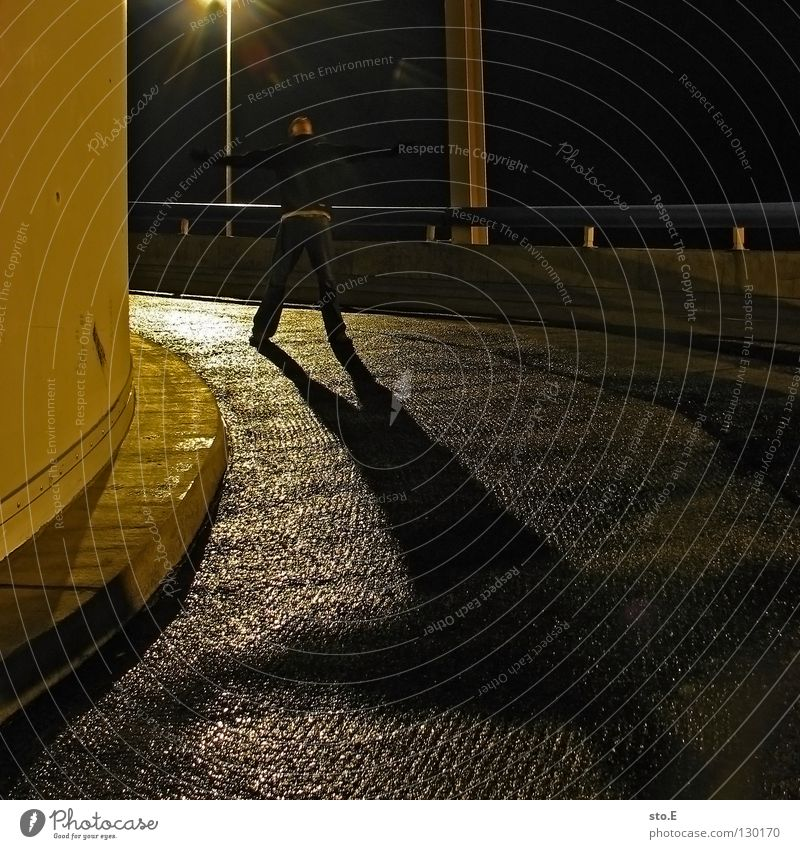 Human being City Black Far-off places Cold Dark Metal Lamp Lighting Glittering Perspective Posture Vantage point Cap Traffic infrastructure To enjoy