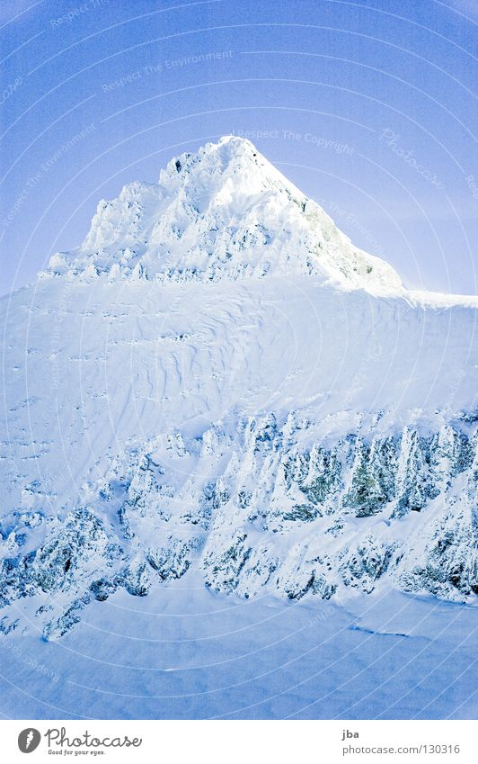 Sky White Blue Vacation & Travel Snow Mountain Stone Tall Point Peak Side Mountaineering Glacier Slope Steep Stony