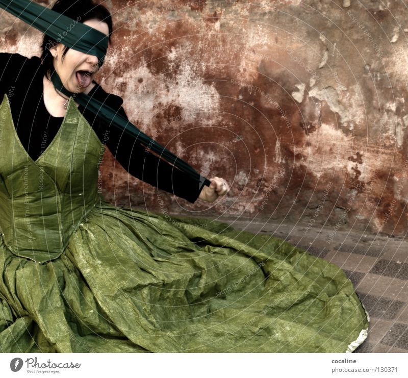 Woman Beautiful Green Red Wall (building) Freedom Moody Fear Crazy Dangerous Threat Dress Anger Scream Exceptional Tile