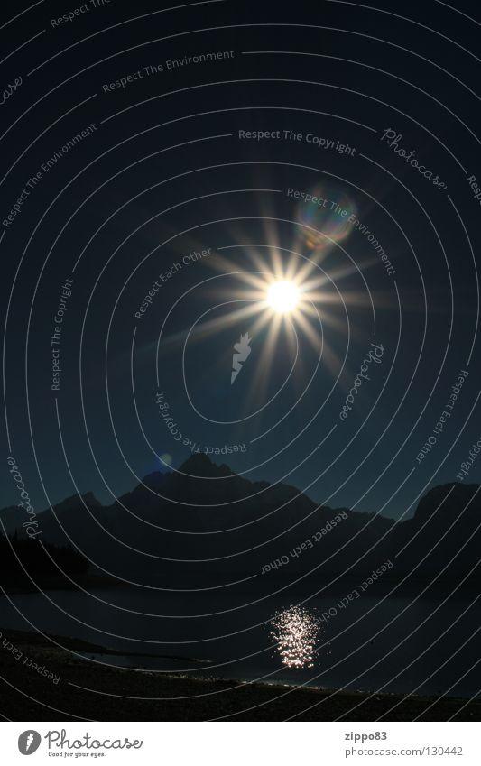 Sun Dark Autumn Mountain Lake Warmth Physics Celestial bodies and the universe Yellowstone Nationalparc
