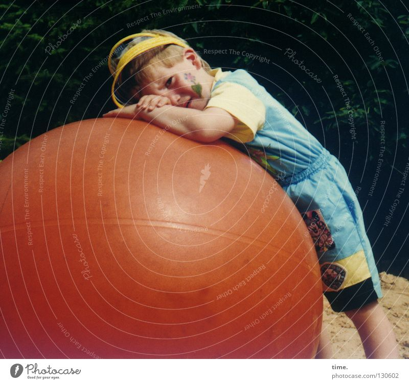 Child Playing Boy (child) Leisure and hobbies Masculine Broken Ball Fatigue Make-up Birthday Playground Feeble Lean Ball sports Childrens birthsday Rebel