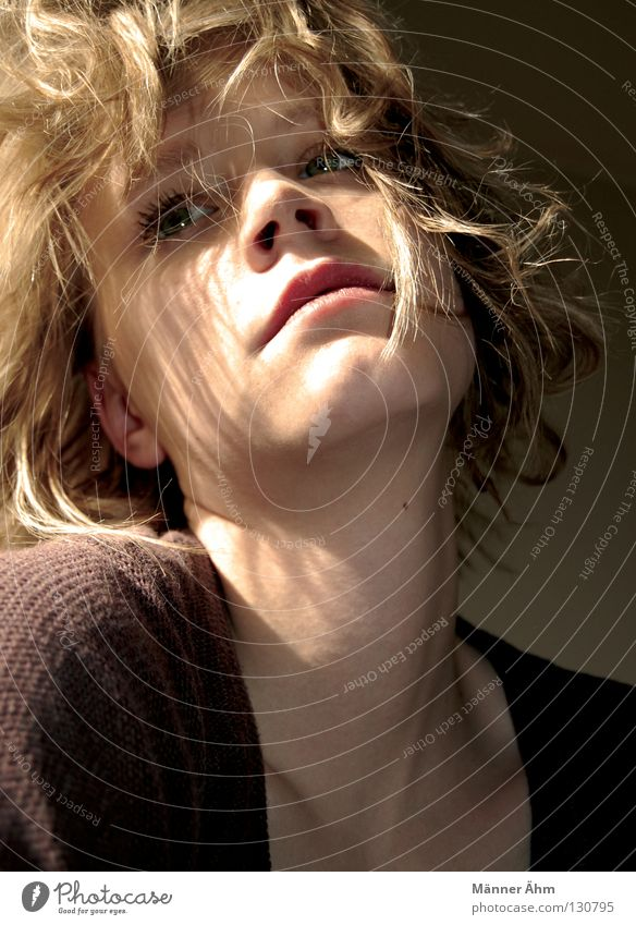 Woman Beautiful Sun Face Hair and hairstyles Blonde Clothing Curl Celestial bodies and the universe