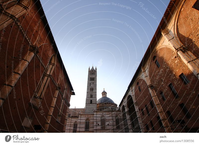 Vacation & Travel City Blue House (Residential Structure) Wall (building) Architecture Wall (barrier) Religion and faith Facade Tourism Places Church Italy