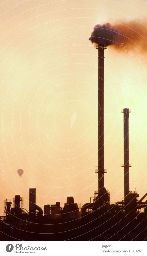 Blue Yellow Warmth Moody Fog Dirty Climate Industry Industrial Photography Smoke Skyline Science & Research Physics Dusk Exhaust gas Hot Air Balloon