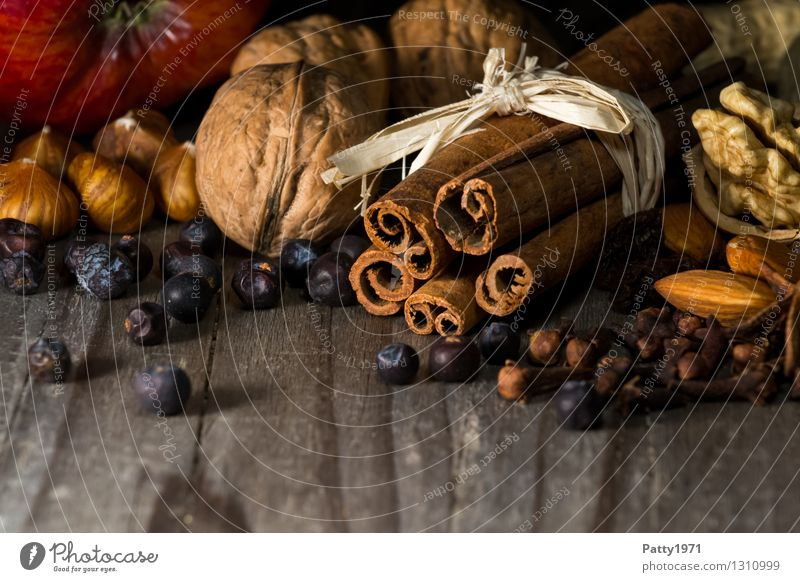 Christmas spices Herbs and spices Walnut Cinnamon Hazelnut Star aniseed Almond Apple Christmas & Advent Anticipation Fragrance To enjoy Spicy Delicious