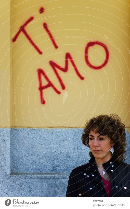 AMO TE! Love Swear Loyalty Display of affection Bus stop Wall (building) Wall (barrier) Spray Smeared Woman Beautiful Romance ti amo amore i love you