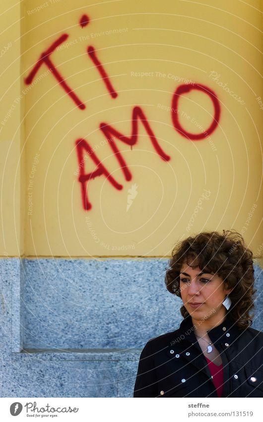 AMO TE! Love Swear Loyalty Display of affection Bus stop Wall (building) Wall (barrier) Spray Smeared Woman Beautiful Romance ti amo amore i love you