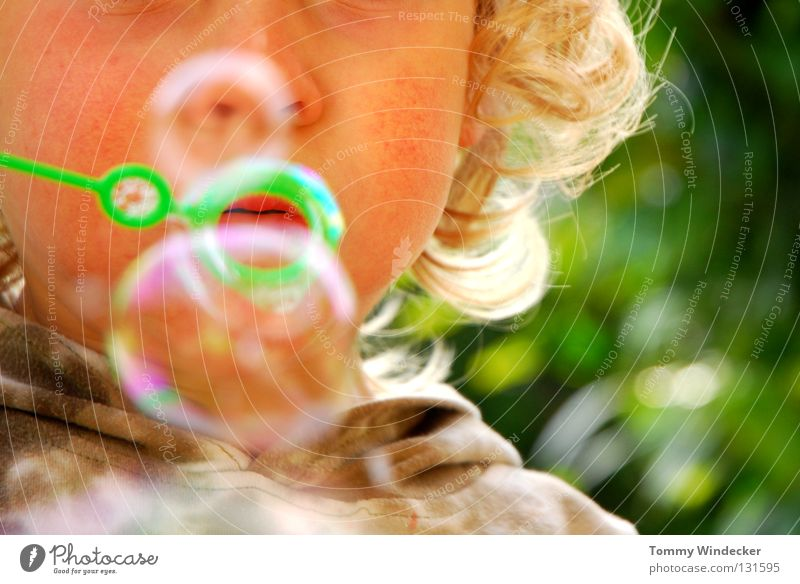 bubbles Child Toddler Girl Soap bubble Air bubble Playing Blow Meadow Summer Blonde Cute Rainbow Hover Leisure and hobbies Lips Reflection Boy (child)