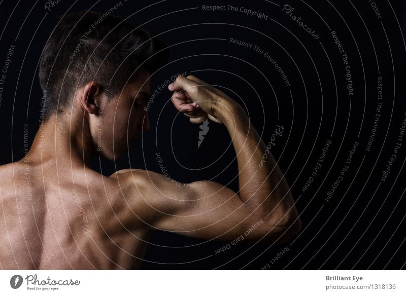 Human being Hand Sports Lifestyle Glittering Masculine Leisure and hobbies Elegant Power Success Arm Fitness Athletic Sports Training Self-confident Effort