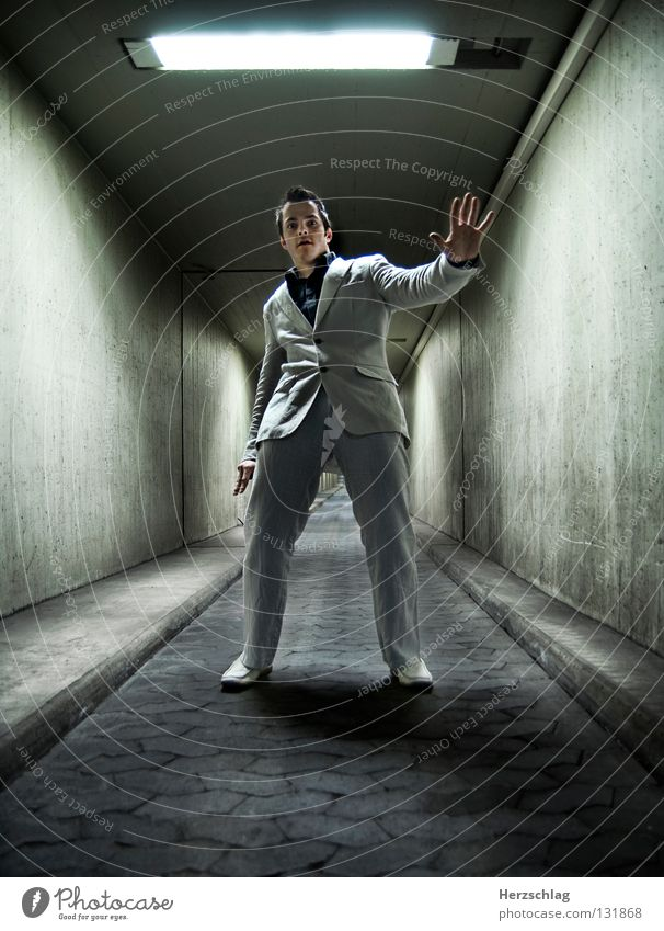 Dommy feels it ... Take a photo Photo shoot Tunnel Fantastic Light Suit White Black Joy Emotions Electricity Shadow dommy Thomas Stephen nikonic Businessman