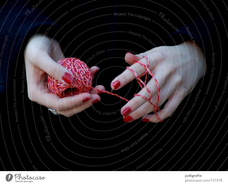 red Hand String Wool Handbook Black Knot Coil Fingers Woman Fingernail Nail polish Craft (trade) Knit Magic Colour Sewing thread Varnish Skin Handcrafts