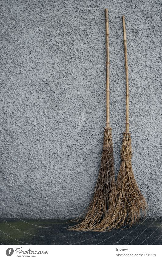 New brooms sweep well Broom Wipe Sweep Witch Jinxed Broom closet Witch's broom Wall (building) Together Married Matrimony Tidy up 2 Carnival Janitor Household