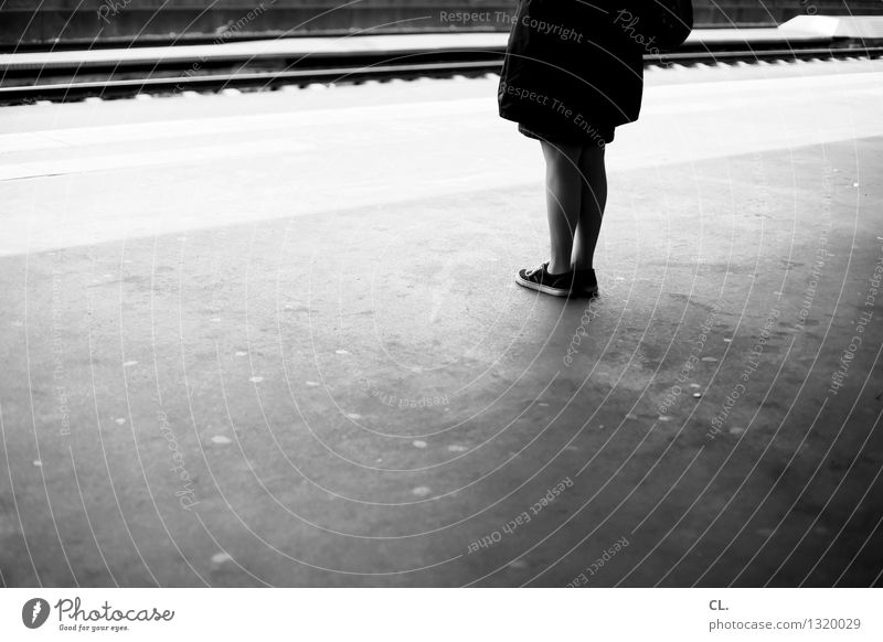 stand and wait Human being Feminine Woman Adults Life Legs 1 Transport Means of transport Traffic infrastructure Train travel Train station Platform