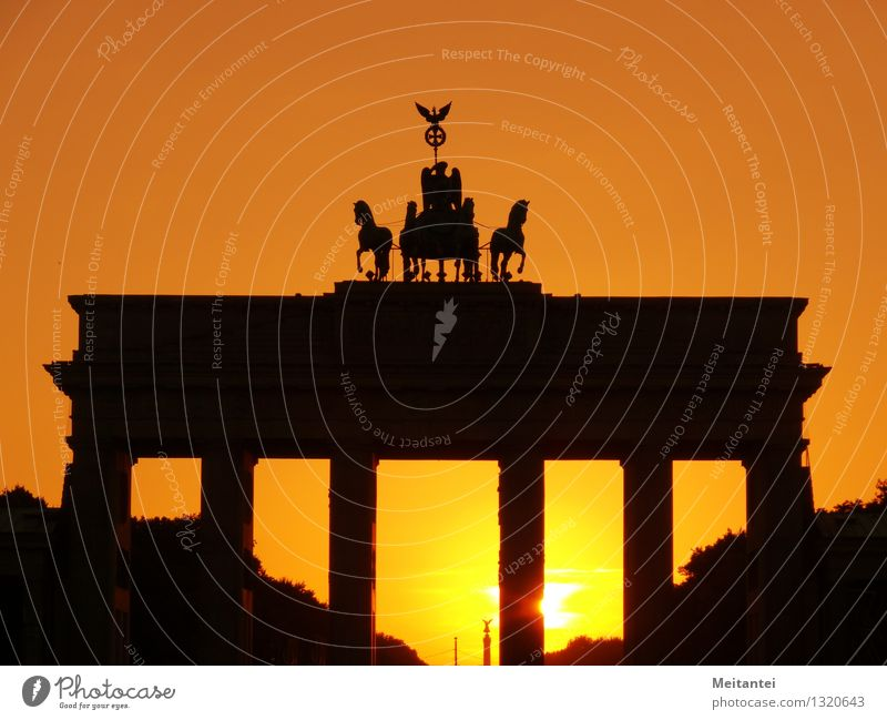 Brandenburg Gate Sunrise Sunset Sunlight Berlin Germany Europe Capital city Downtown Manmade structures Building Architecture Tourist Attraction Landmark