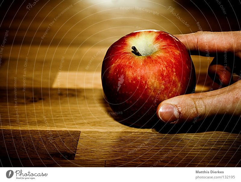 apple Table Wooden table Healthy Red Yellow Hand Fingers Take Nutrition Back-light Crunchy Juice Juicy To enjoy Vitamin Stalk Fingertip Occur Poison Mount Eden