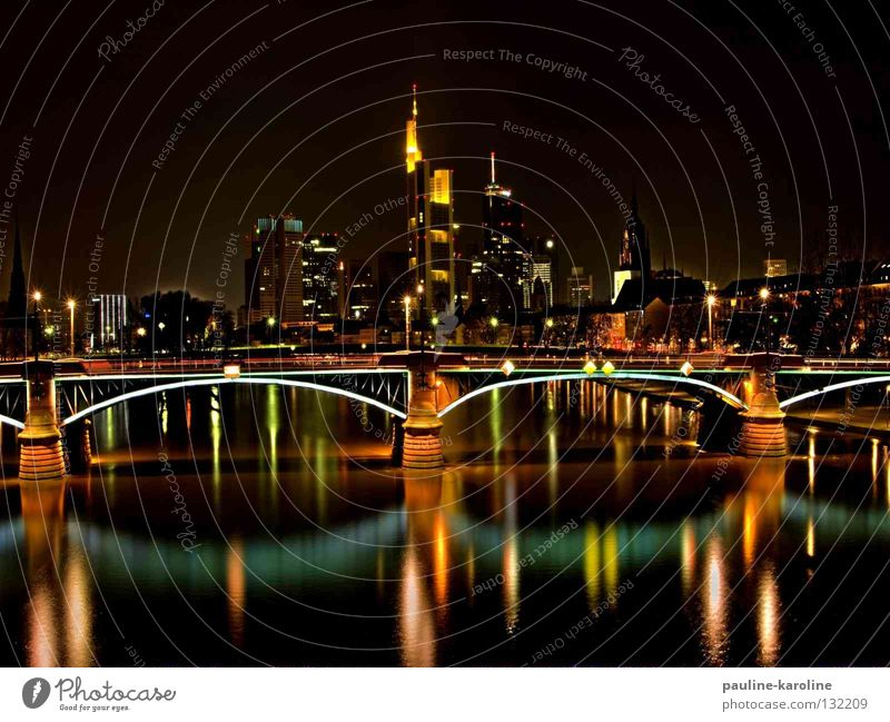Dark Lighting Bridge River Skyline Frankfurt