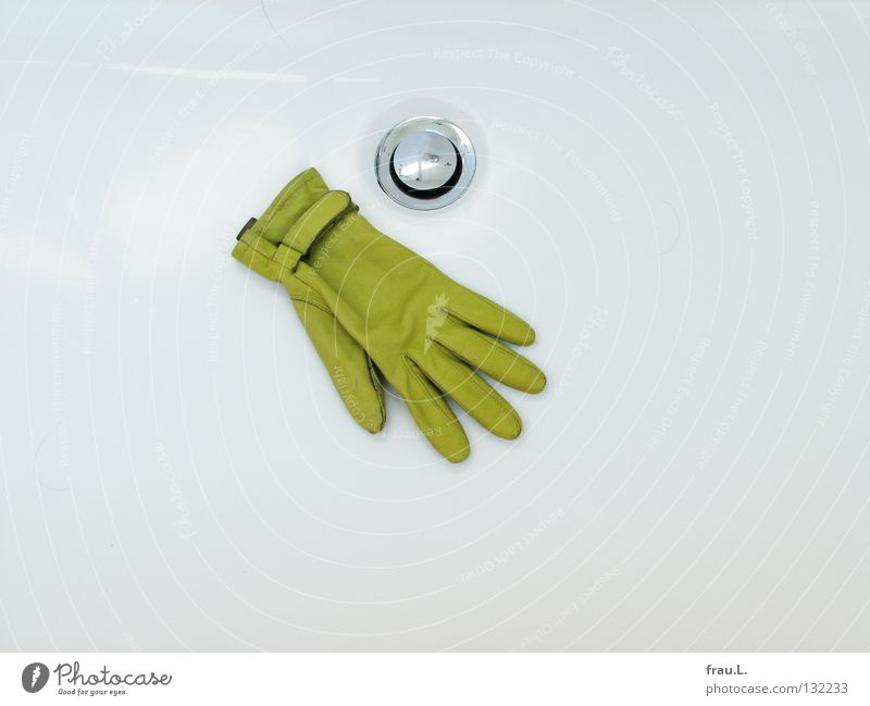 tubbed Gloves Leather Bathtub Green White Bathroom Drainage Glittering Flat (apartment) Dirty Clean Hand Edge Fig leaf Chic Frog Prince Water wings Navel Drown