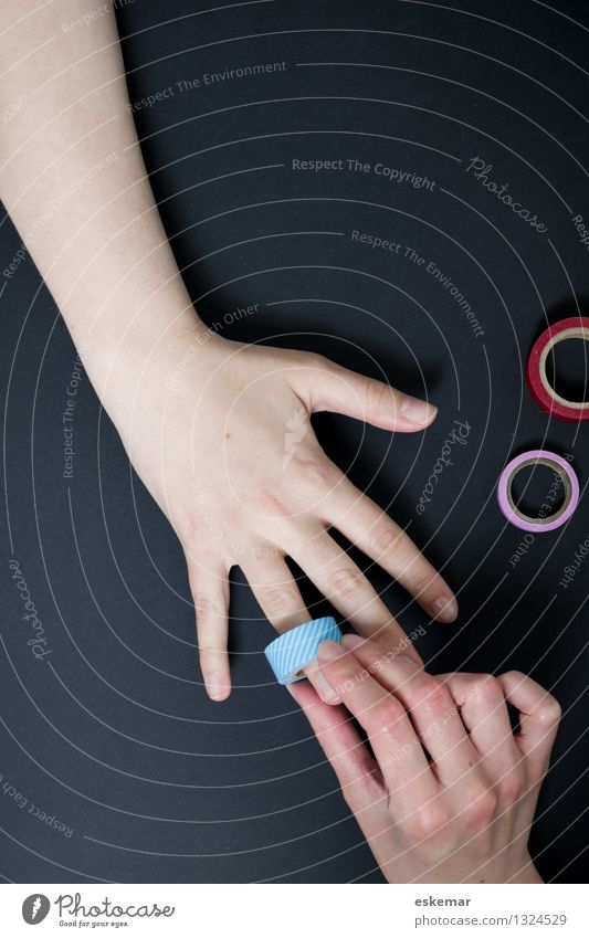 Human being Woman Youth (Young adults) Young woman Hand 18 - 30 years Adults Feminine Playing Together Friendship Leisure and hobbies Arm Creativity Fingers
