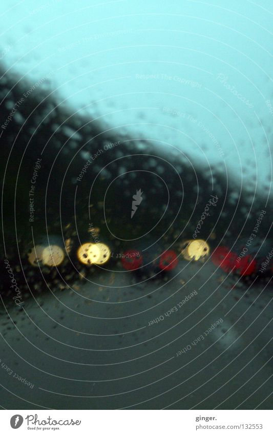 Dark Gray Bright Car Lamp Rain Weather Drops of water Traffic infrastructure Highway Motoring Window pane Dazzle Floodlight Bad weather Diffuse