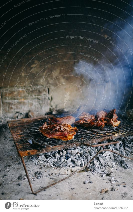 asado Food Meat Beef grilled meat Nutrition Eating Lunch Dinner Buffet Brunch Banquet Picnic Slow food Barbecue (event) Grill Argentina South America