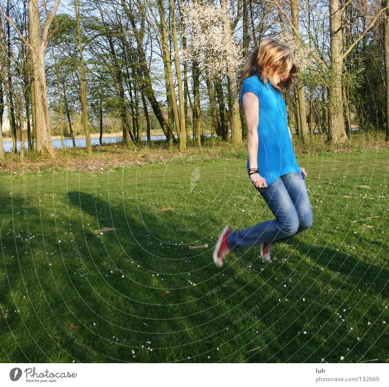 i feel good... Joy Happy Hair and hairstyles Healthy Leisure and hobbies Summer Girl Youth (Young adults) Nature Spring Grass Meadow Jump Thin Free Happiness