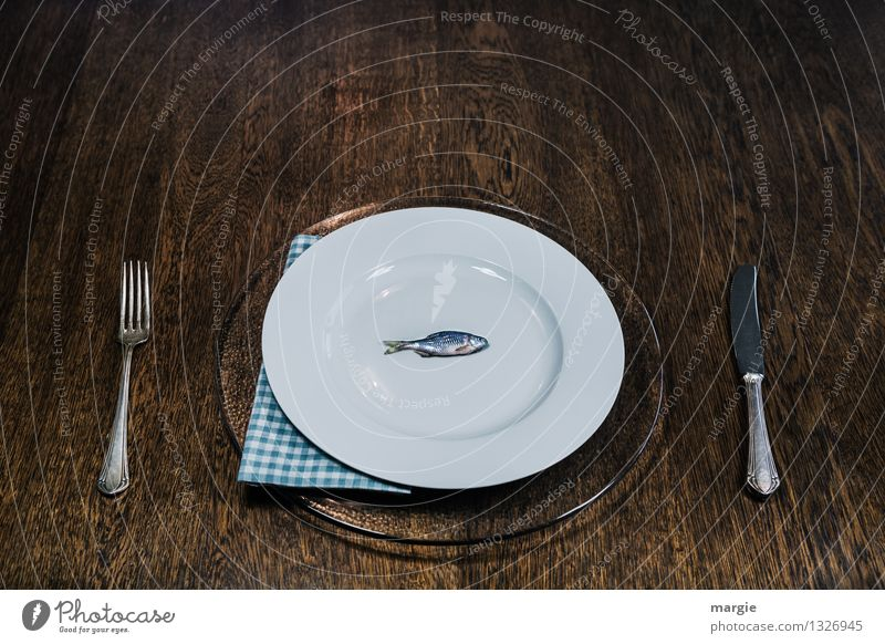 Blue White Eating Healthy Food Brown Fresh Nutrition Fish Organic produce Crockery Plate Fishing (Angle) Dinner Knives Diet