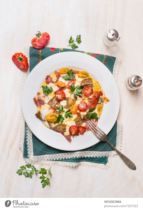 Rustic omelette with eggs, tomatoes, sausage and bread Food Sausage Vegetable Bread Herbs and spices Nutrition Breakfast Lunch Banquet Organic produce Diet