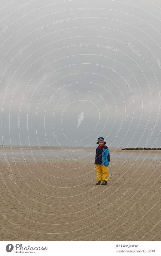 Person 33 Ocean Lake Waves Beach Fohr Yellow Cap Clouds Joy Child Hope Wind Blue Walking walk stand Looking