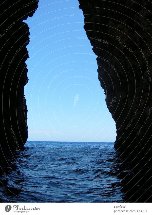 ocean Ocean Horizon Canyon Narrow Rock Water Column Blue