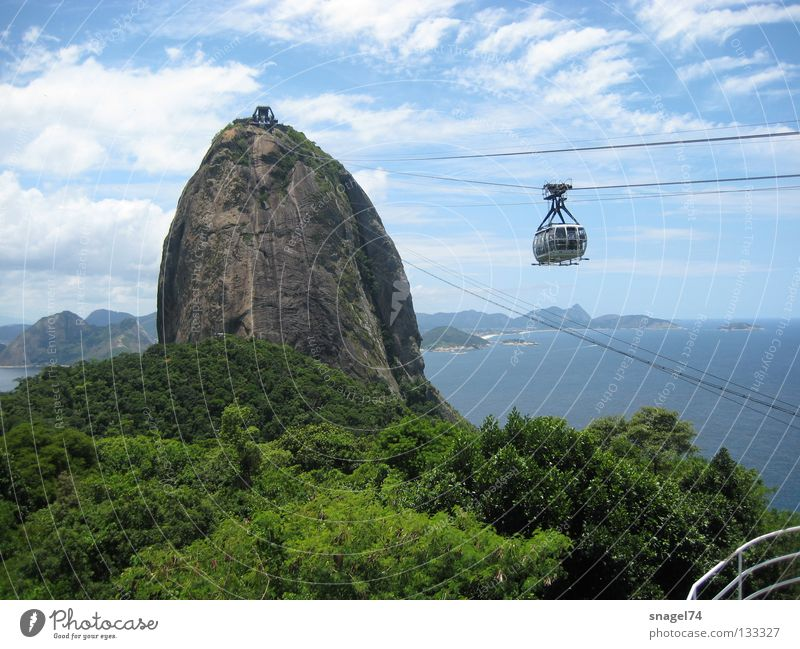 Trip Rock Monument Landmark Sightseeing Tourist Attraction Brazil Famousness Rio de Janeiro Gondola Cable car City trip Destination Sugar Loaf Mountain