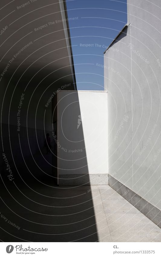 House (Residential Structure) Wall (building) Architecture Building Wall (barrier) Esthetic Beautiful weather Cloudless sky Sharp-edged Corridor