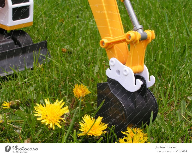 Flower Green Summer Yellow Meadow Playing Grass Garden Power Transport Force Industry Toys Dandelion Excavator