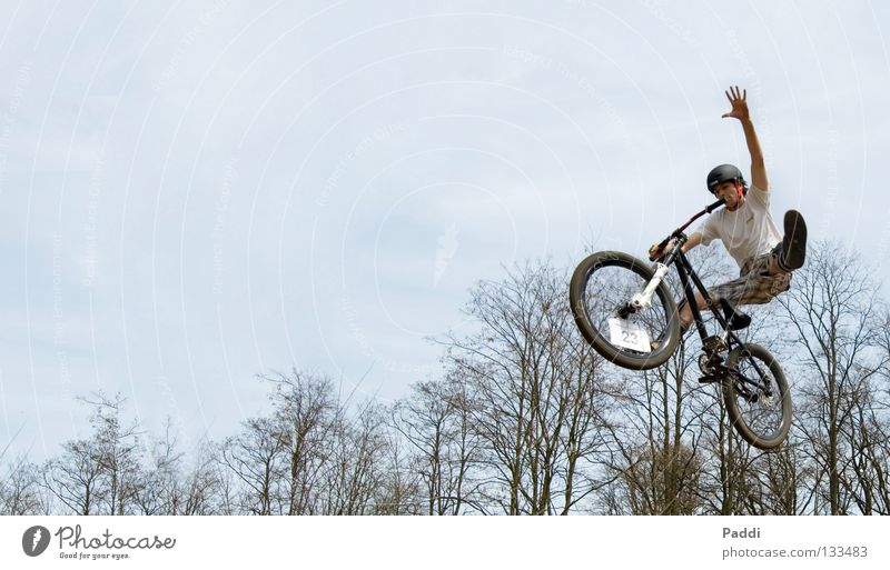 no foot one hand Jump Mountain bike Leisure and hobbies Dirt Jumping Action Extreme Bicycle Stunt Exciting Dangerous Brave Style Power Sensation Joy