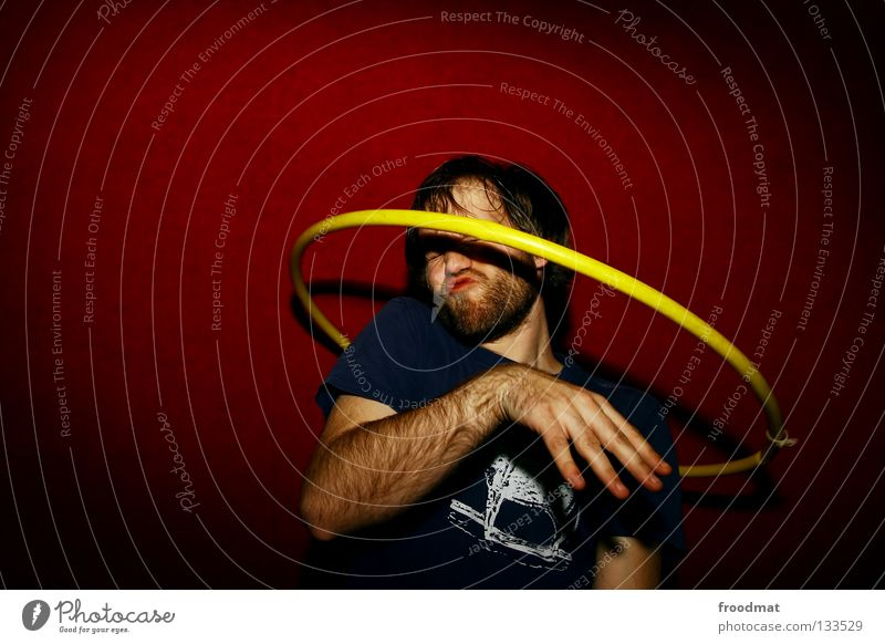rotational ellipsoid Hula hoop Hongkong Red Yellow Action Sweaty Circus Rotate Headache Diagonal Timidity Vignetting Shows Acrobat Homosexual Facial hair Cute