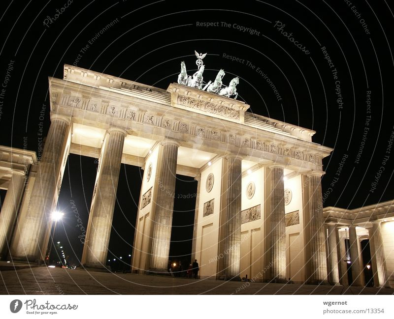 Berlin Moody Horse Historic Brandenburg Gate Pariser Platz