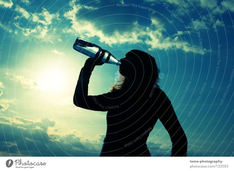 Water Sky Sun Summer Clouds Warmth Beverage Drinking Physics Pure Clarity Hot Bottle Refreshment Thirst Packaging