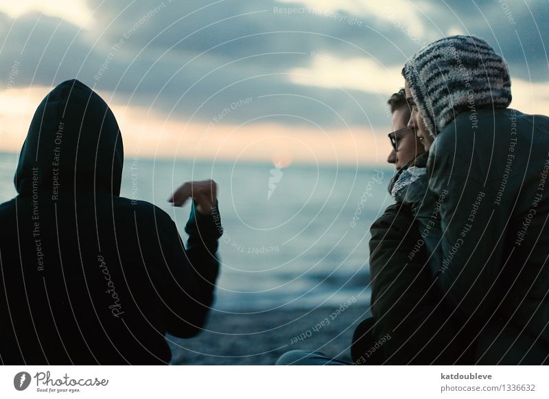 What Is This Heart Androgynous Homosexual Coast Beach Ocean Love To talk Looking Sit Together Cold Trust Safety Safety (feeling of) Friendship Infatuation