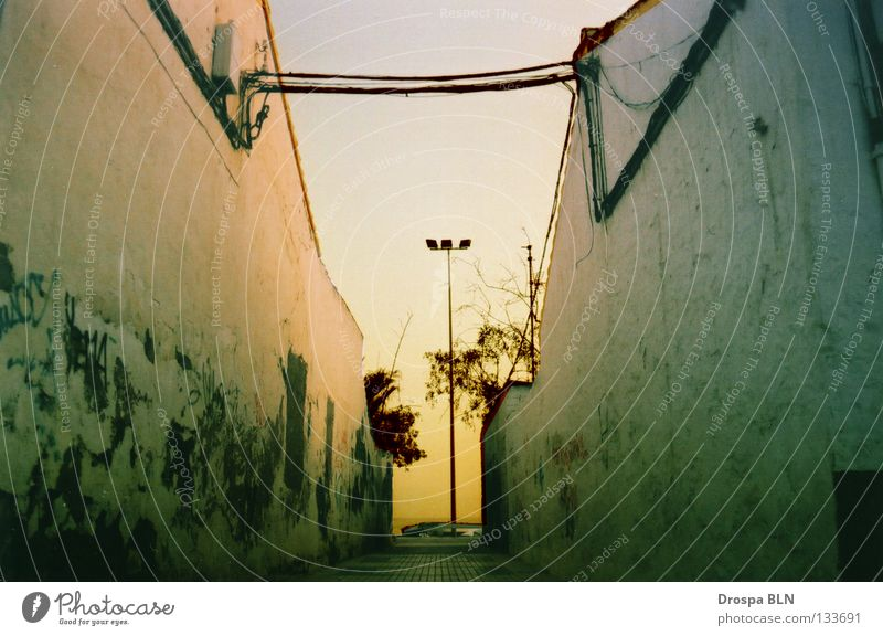 interspace Spain Andalucia Malaga House (Residential Structure) Ocean Sunset Wall (building) Summer Cable Sky Canon Eos 500 Kodak ISO 400