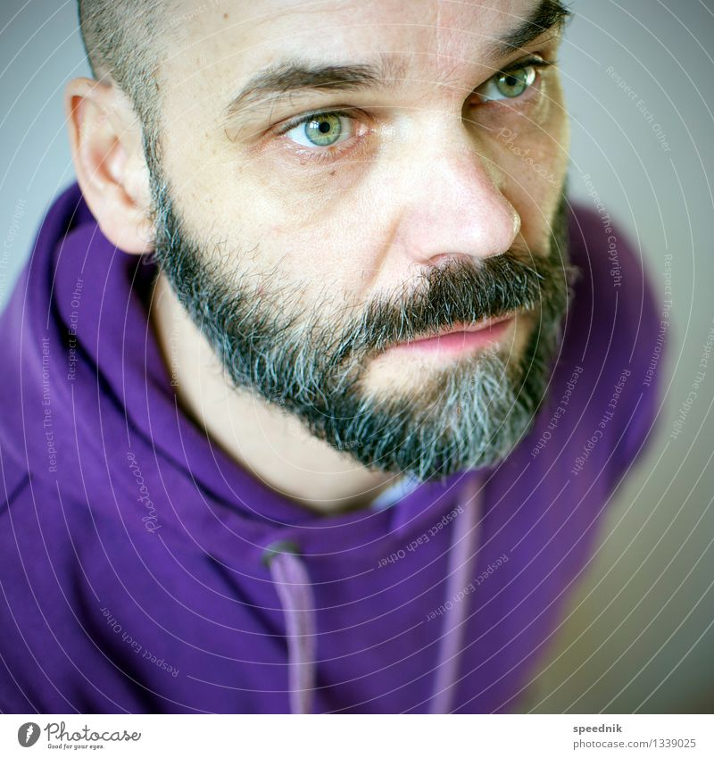 Only hard with a beard Masculine Man Adults Senior citizen Face Facial hair 1 Human being 30 - 45 years 45 - 60 years Sweater Black-haired Gray-haired