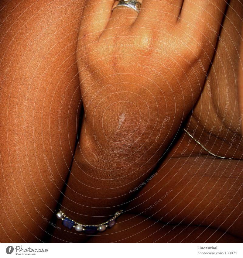 Woman Hand Black Brown Healthy Skin Arm Fingers Circle Sweet Neck Muddled Necklace Bracelet Sense of taste