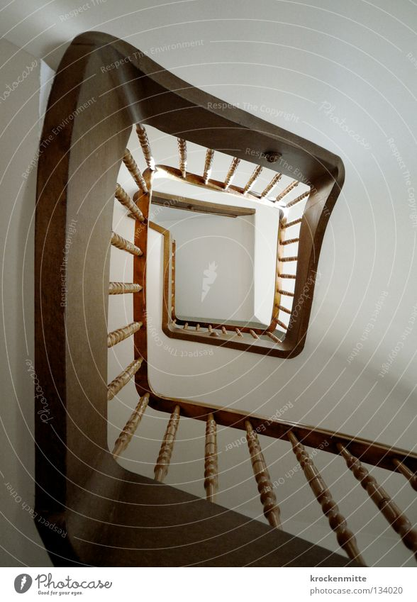 House (Residential Structure) Stairs Middle Upward Banister Staircase (Hallway) Ascending Hallway Downward Go up Symmetry Spiral Sharp-edged Bracket