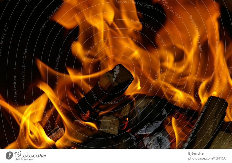 Fire and Flame Barbecue (apparatus) Black Wood Burn Physics Hot Unpredictable Beautiful Firewood Blaze Yellow Red Fiery Charcoal (cooking) Light Dangerous