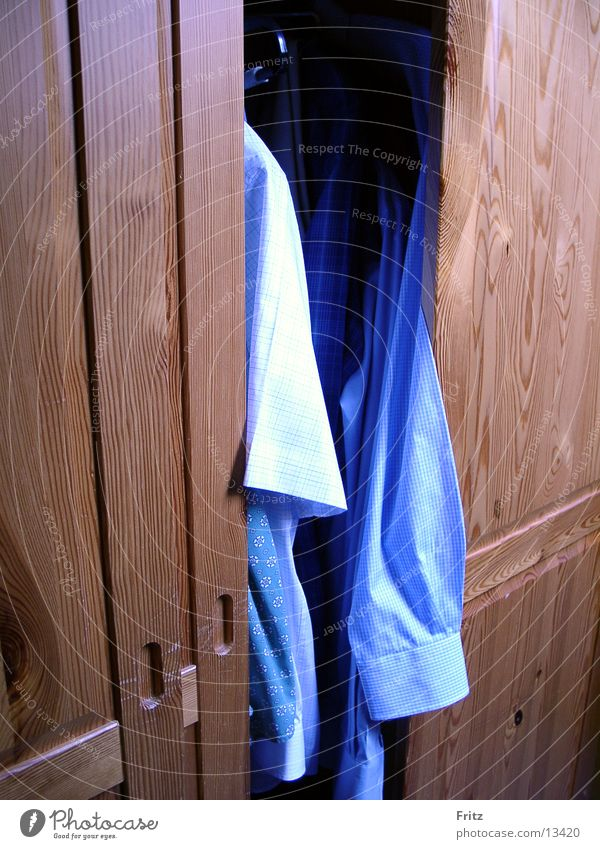 Clothing Living or residing Shirt Cupboard Sliding door