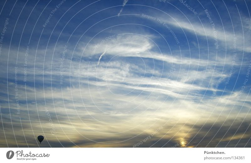 Sky White Sun Loneliness Calm Above Warmth Horizon Tall Rope Driving Cloth Physics Vantage point Brave Hot Air Balloon
