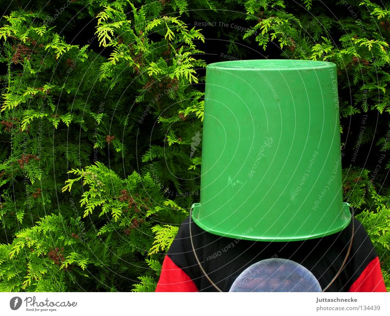 danger of collusions Bucket Tub Dark Mysterious Headless Camouflage Safety Communicate everything in the bucket To put on superimposed Hide Hiding place